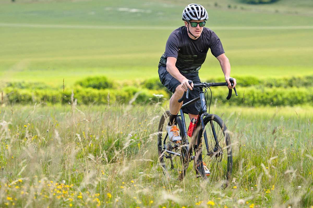 2020 Genesis CDA all road adventure bike, affordable alloy Croix de Aluminium aluminum gravel-road commuter bike