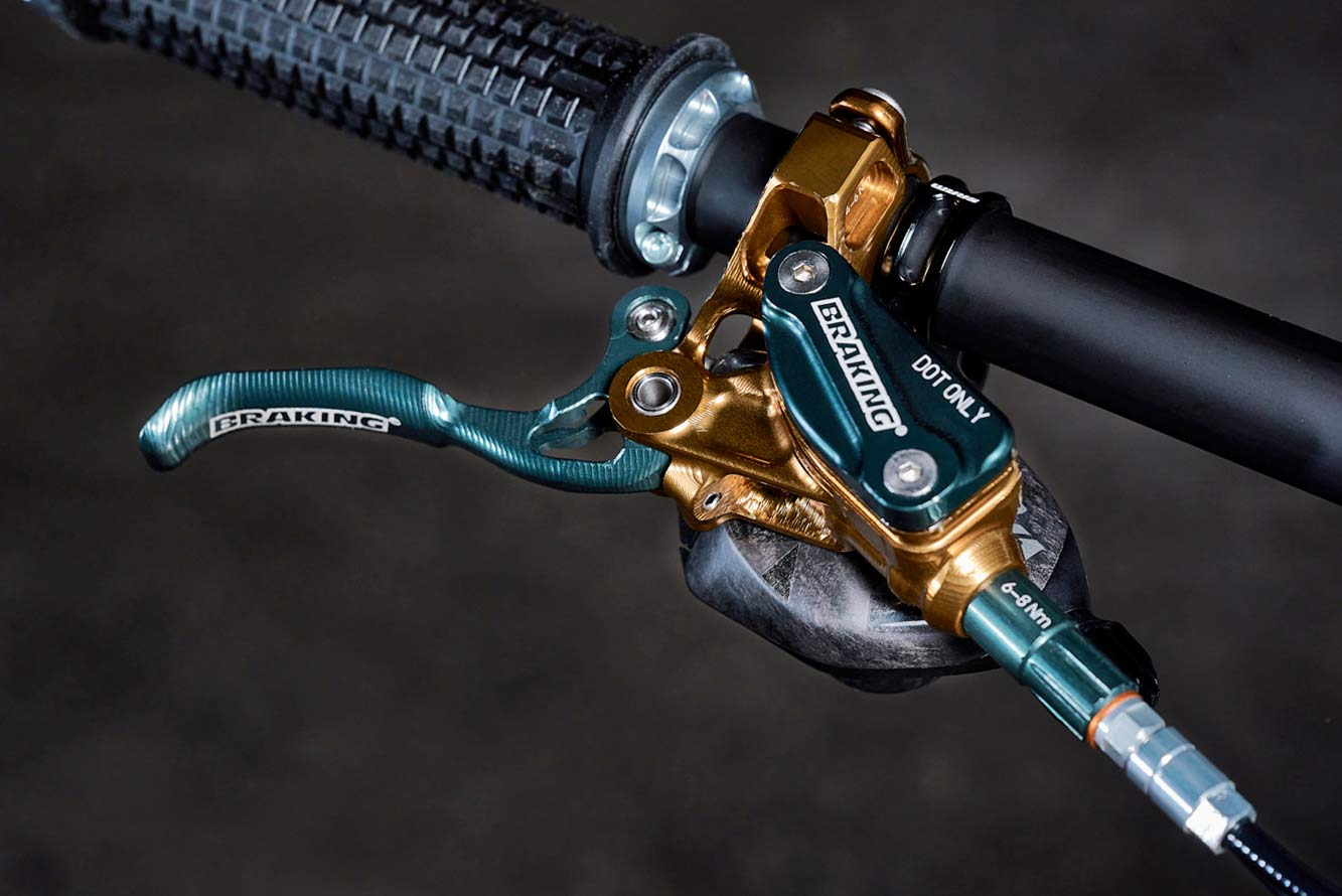 BraKing prototype INCAS modular enduro trail mountain bike brake complete system, Revel Rascal show bike by Flowrider Racing, photos by Andre Maurer