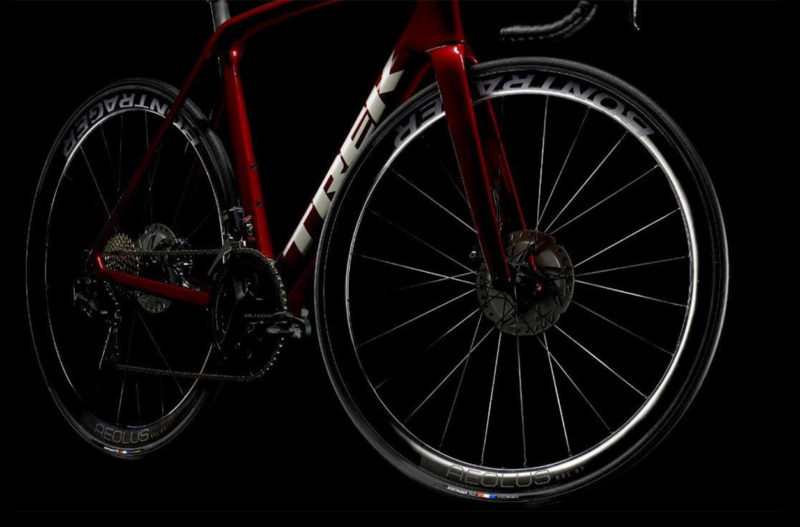 all new bontrager aeolus rsl carbon tubeless road bike wheels are the lightest aero road wheels they have ever made