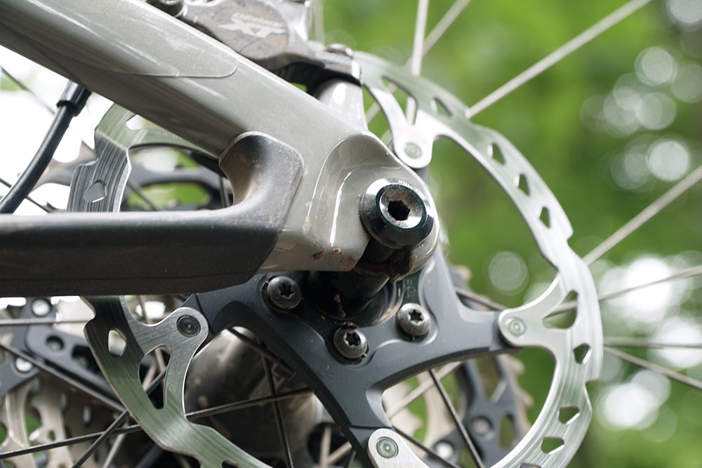 cannondale scalpel uses a speed release rear thru axle