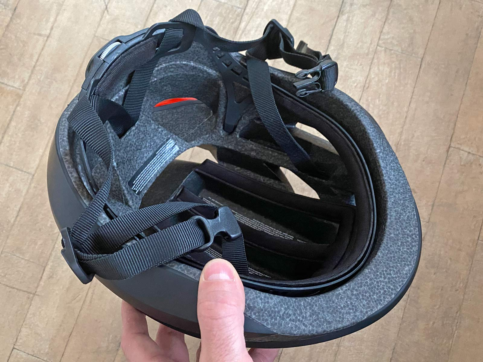 Lumos Ultra smart helmet Review, light aero road helmet with integrated safety visibility lighting turn signals