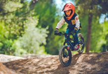 Mondraker Grommy e-balance e-bike eMTB, electric-assist throttle-powered kids balance e-moto electric motorbike
