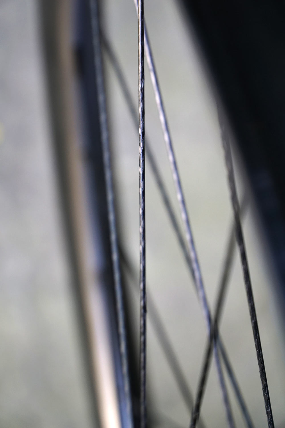 Gulo Composites launches with braided carbon spokes on NC-built carbon wheels - Bikerumor