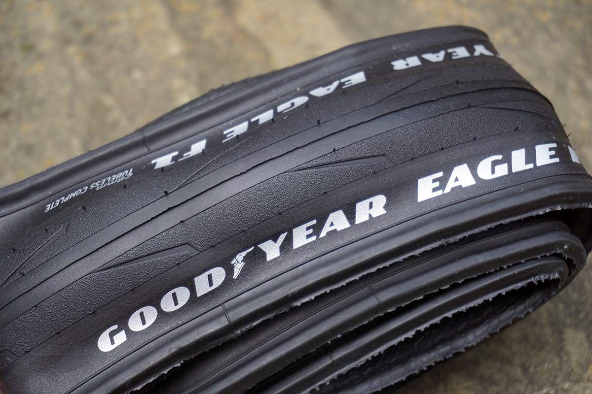 Goodyear Eagle F1 Tubeless Complete road tire tread