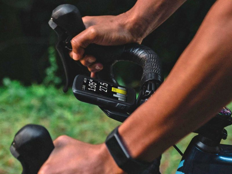 Hammerhead Karoo 2 cycling computer, powerful Android OS GPS cycling computer head unit, on bike pre-order now