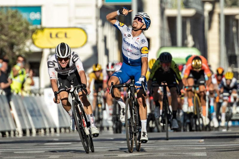 Julian Alaphilippe 2020 Tour de France Stage 2 on Specialized clincher tires inner tubes non-tubeless carbon wheels,finish photo by Alex Broadway, ASO