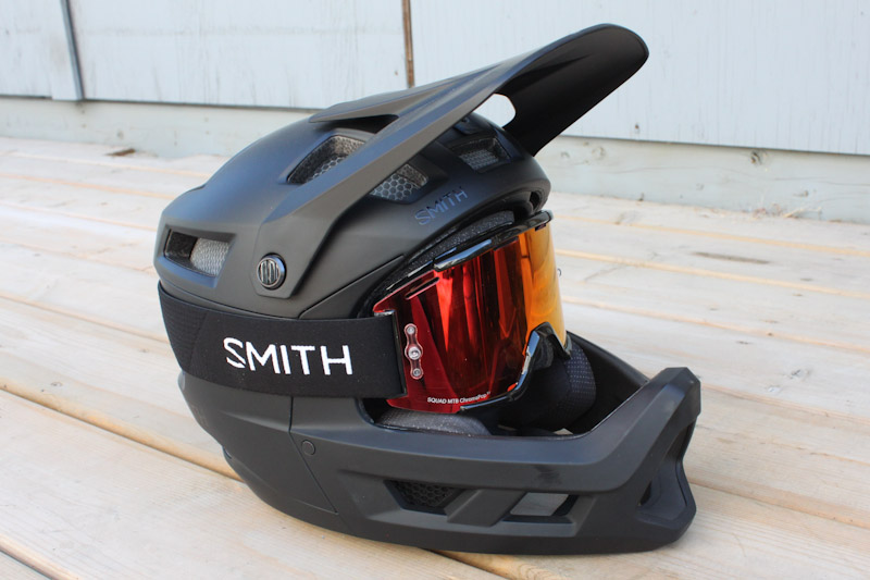 Smith Mainline full face helmet, with Smith Squad MTB goggles