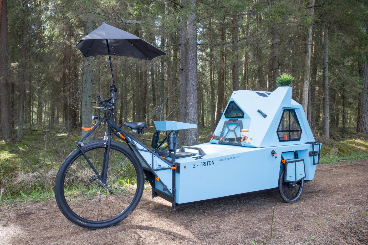 #Vanlife / Boatlife / Bikelife? Zeltini Z-Triton Amphibious E-Tricycle Camper is out of this world