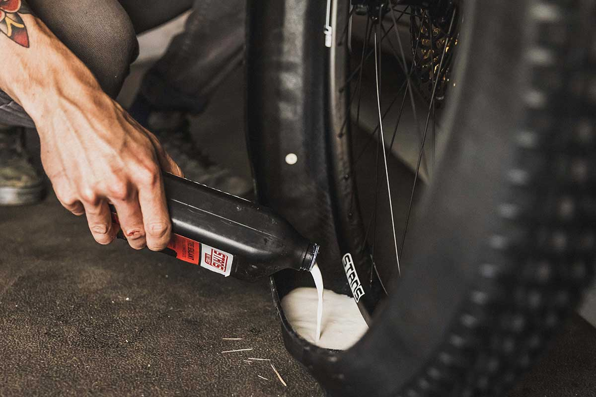 """4oz stans tubeless sealant required for fresh 29x2.4"""" tire setup"""