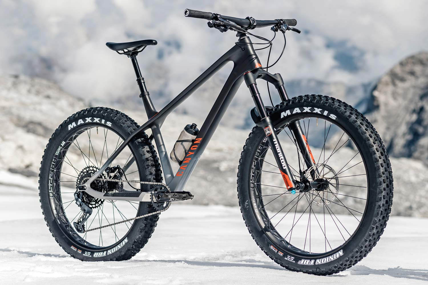 """2021 Canyon Dude carbon fat bike goes 27.5x3.8"""", angled"""