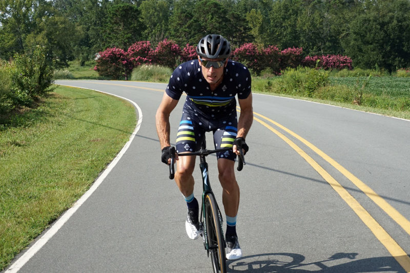 specialized tarmac sl7 aero road bike review with rider coming straight toward the camera