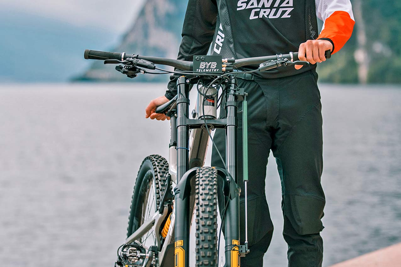 BYB Telemetry v2 pro MTB suspension analysis for the privateer mountain bike racer, photo by Michele Lotti