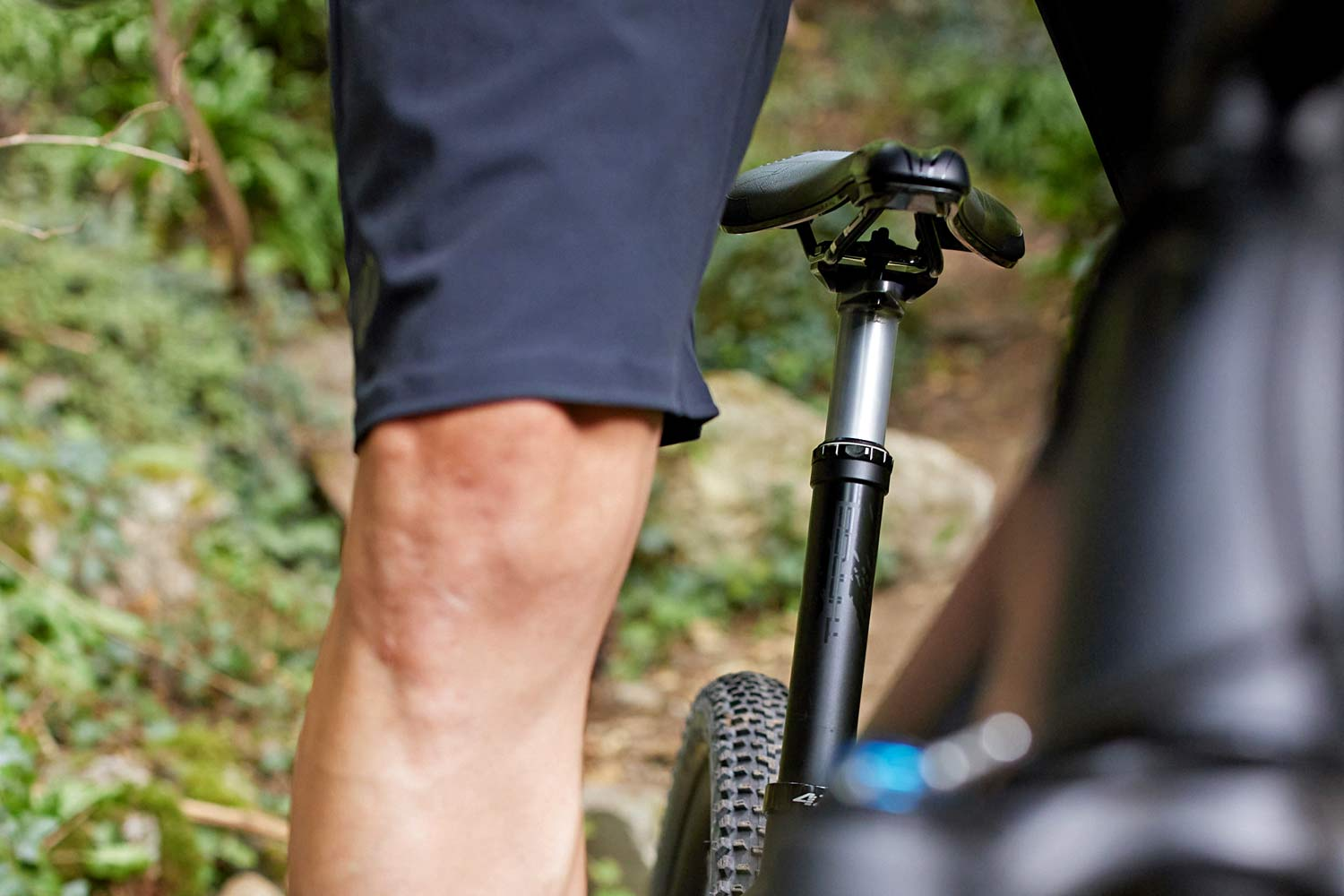 PRO Tharsis 100mm lightweight oval XC dropper seatpost
