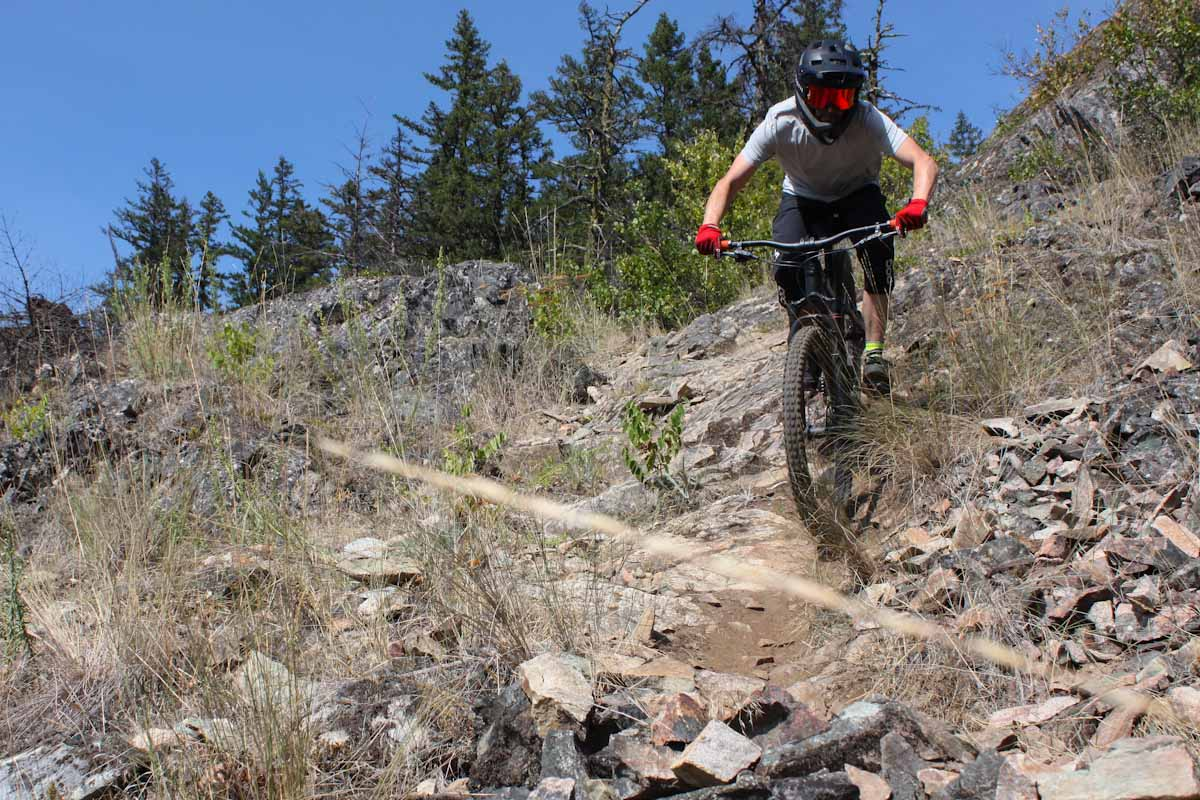 Smith Mainline helmet and Squad MTB goggles, Steve Fisher riding