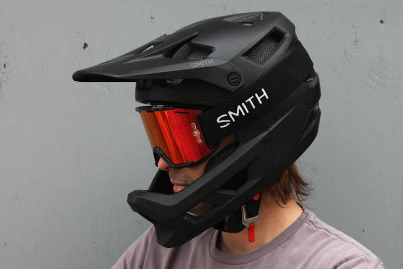 Smith Squad MTB goggles, with Mainline helmet
