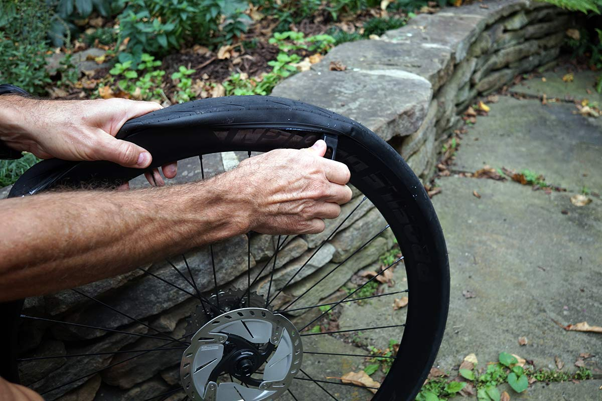 kom cycling tire levers help get tight tire beads off the rim