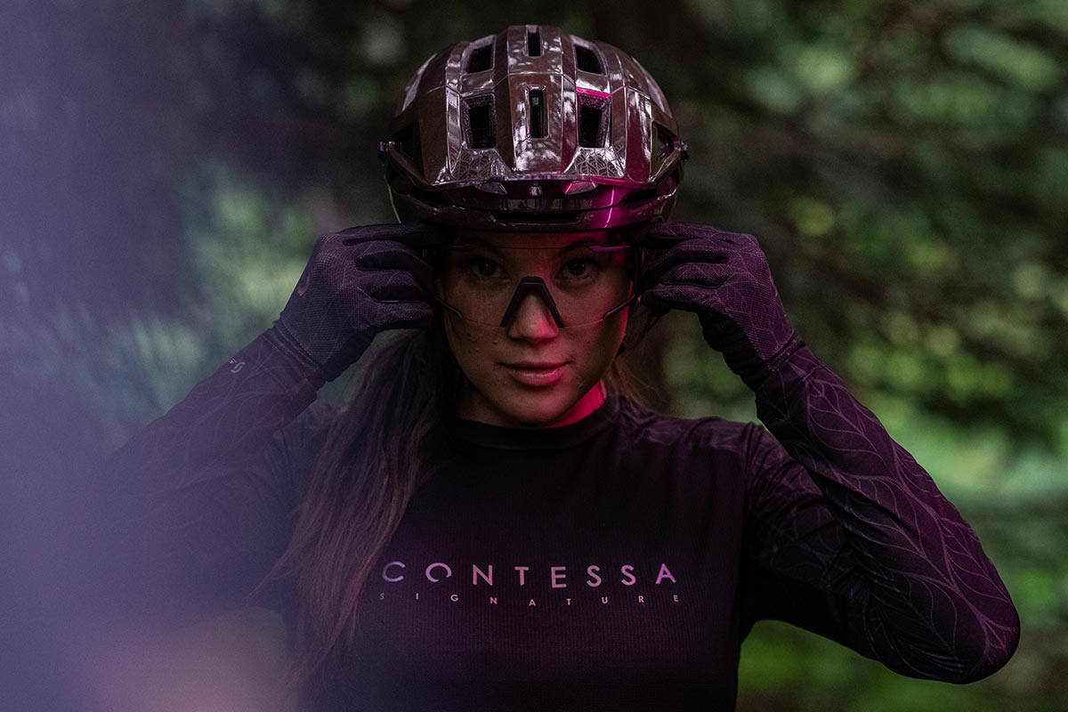 2021 scott contessa signature collection clothing for mountain biking