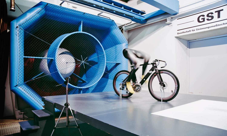 2021 Canyon Aeroad CFR carbon aero road bike,Ferdi in GST