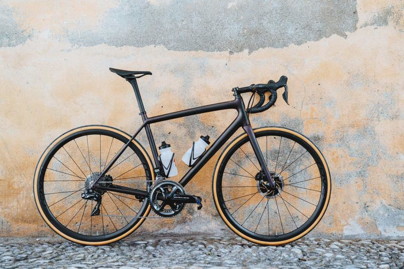 new specialized aethos s-works road bike is the worlds lightest road bike
