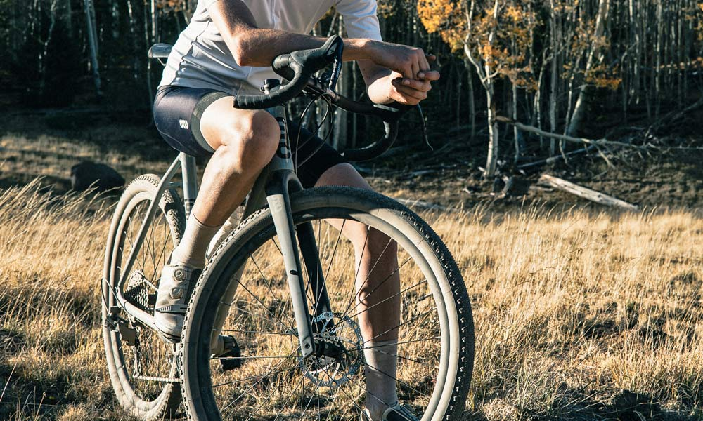 State 6061 Black Label All-Road affordable alloy gravel bike, big tire clearance