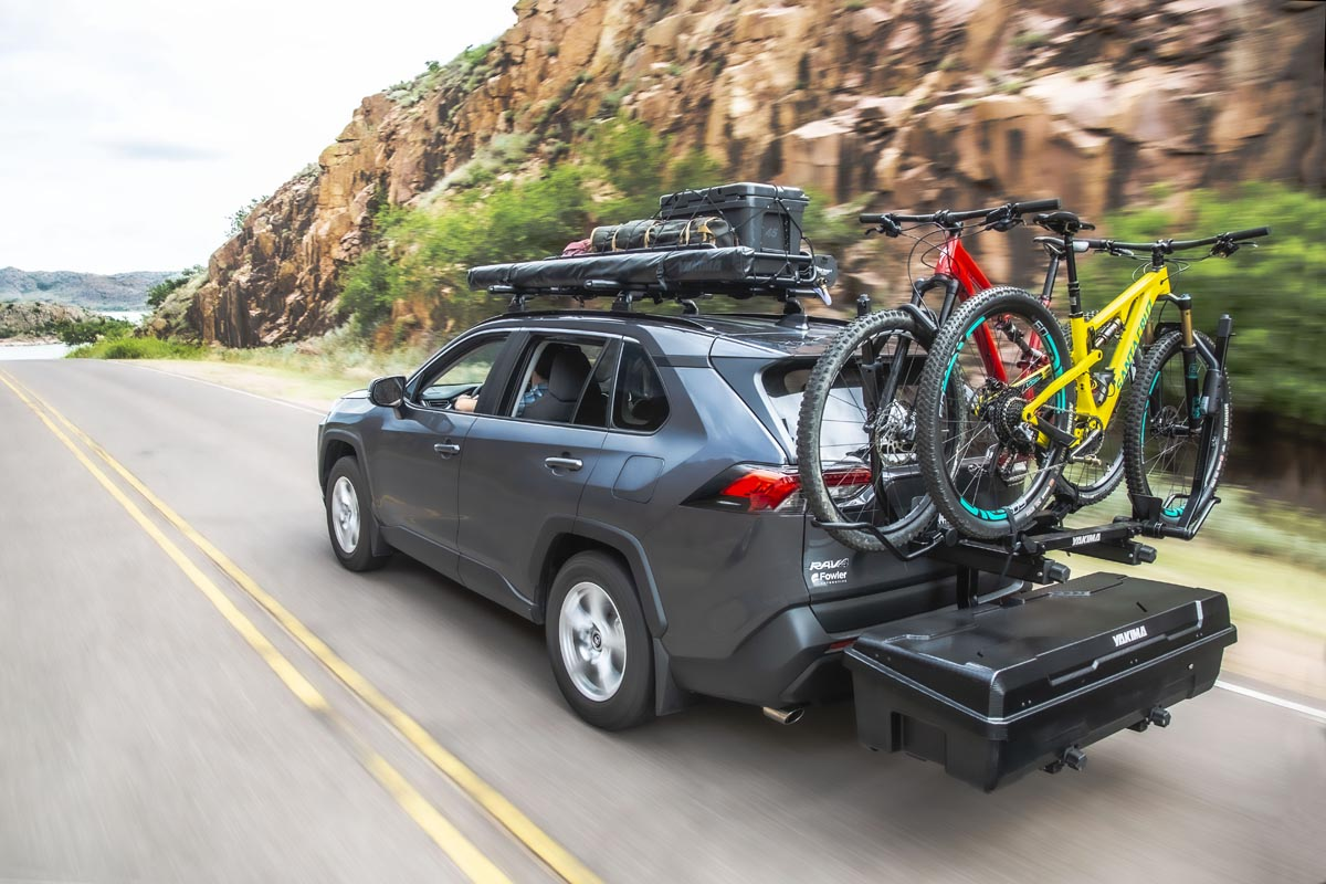 Yakima EXO doubles up on hitch cargo options with new swing-away stacked system - Bikerumor
