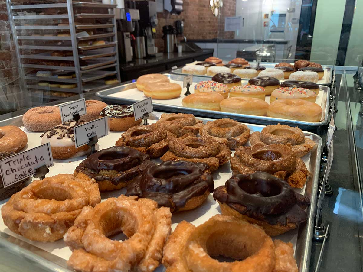 donuts from status dough in knoxville tennessee