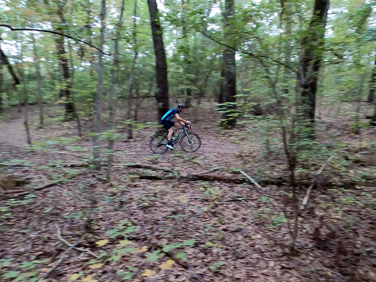 gravel cycling near knoxville on the north boundary greenway singletrack