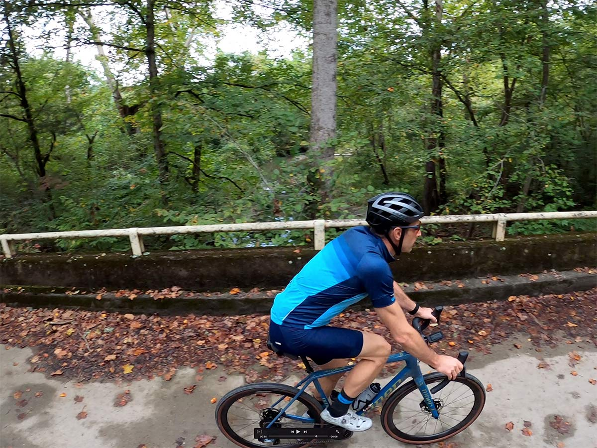tyler riding gravel bikes in north boundary greenway loop near knoxville tennessee