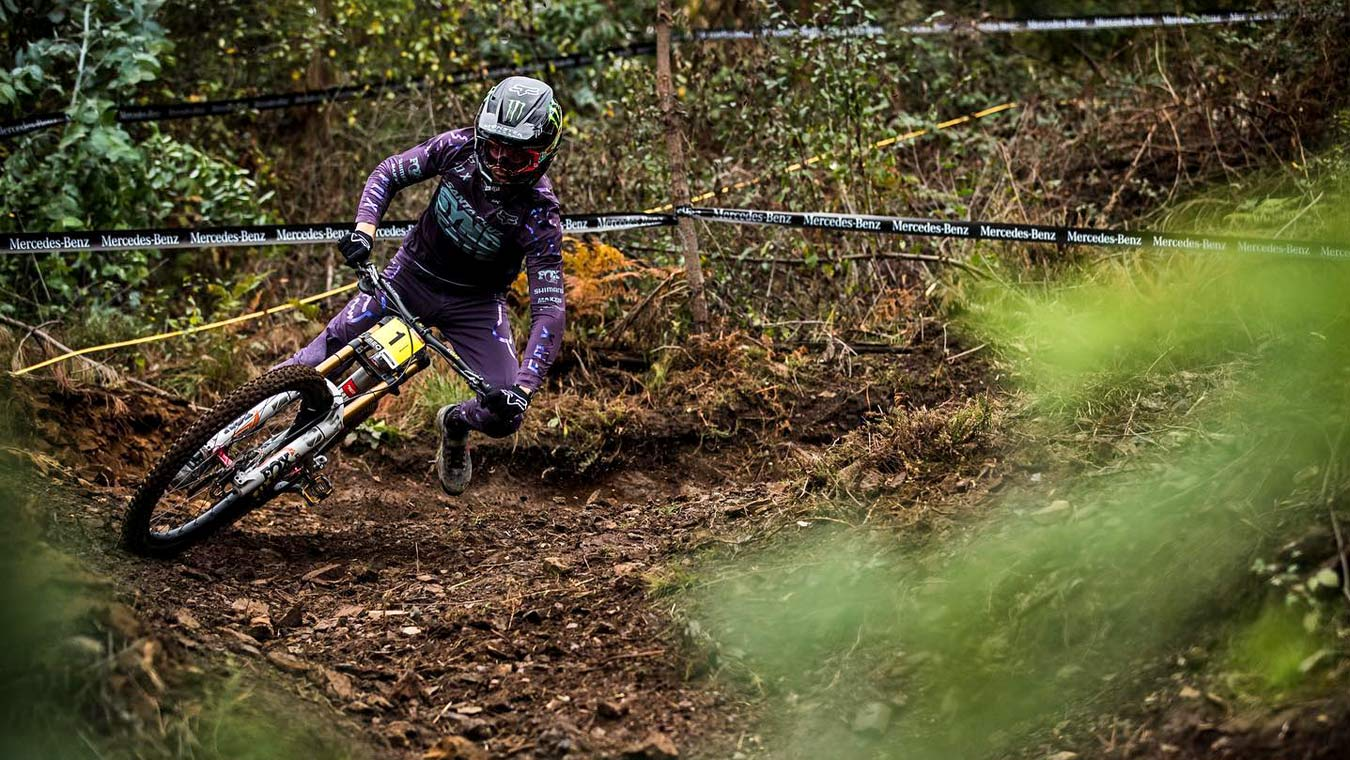 Crankbrothers Synthesis Privateer Program, grassroots racing support, Loris Vergier at Lousã