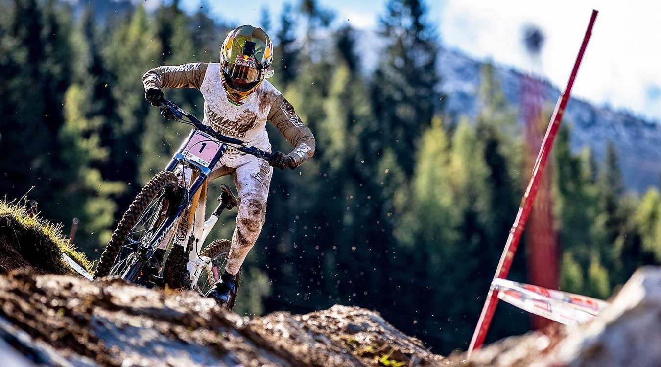 Crankbrothers Synthesis Privateer Program, grassroots racing support,Myriam Nicole at Leogang