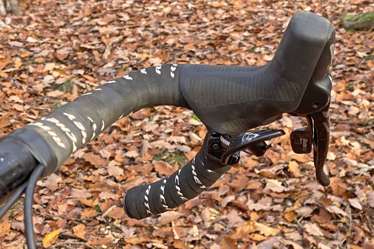 FSA Flowtron AGX gravel dropper post, First Look Review: 27.2mm internally routed dropper seatpost with dropbar remote, on bike
