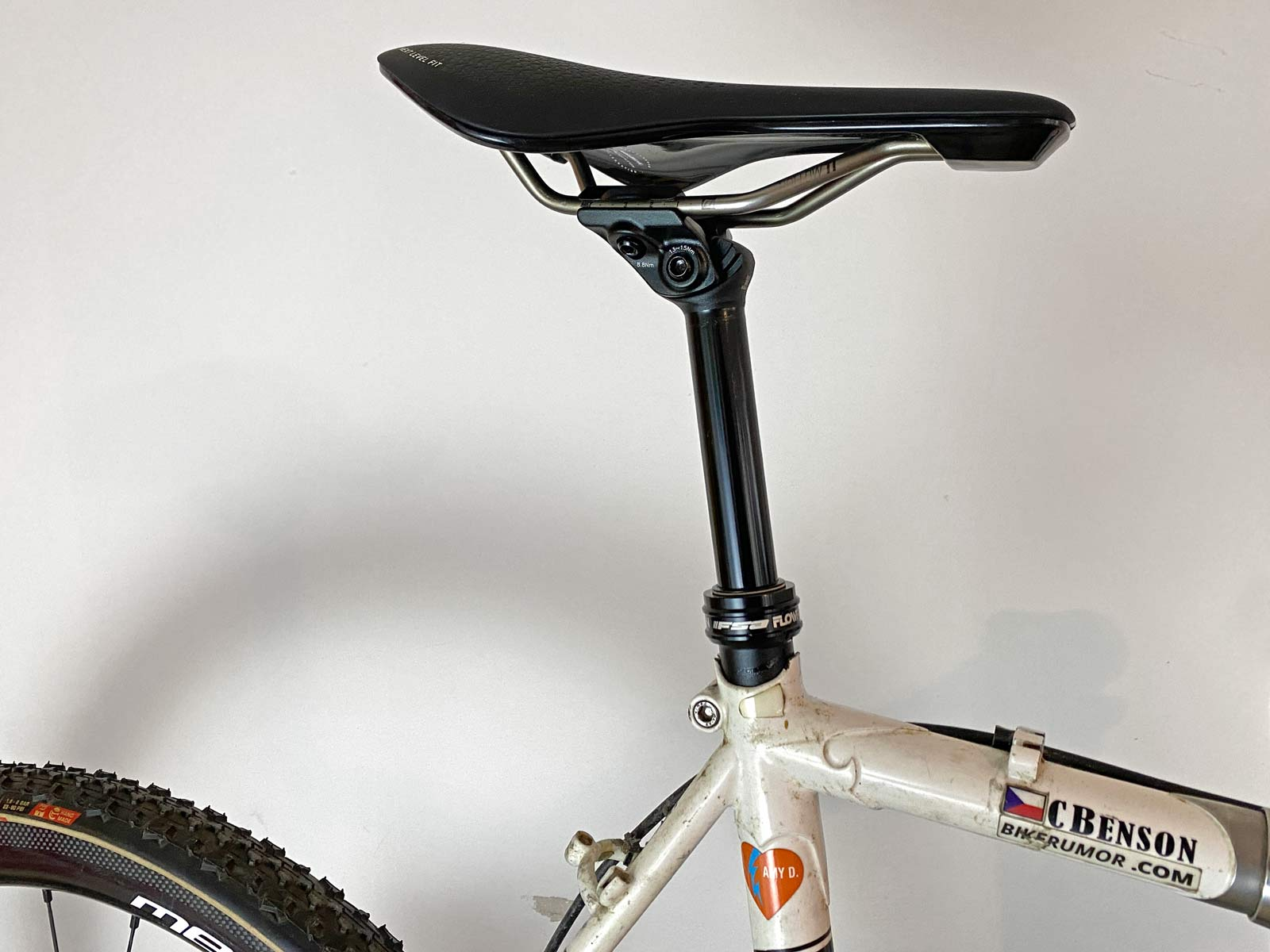 FSA Flowtron AGX gravel dropper post, First Look Review: 27.2mm internally routed dropper seatpost with dropbar remote,on bike
