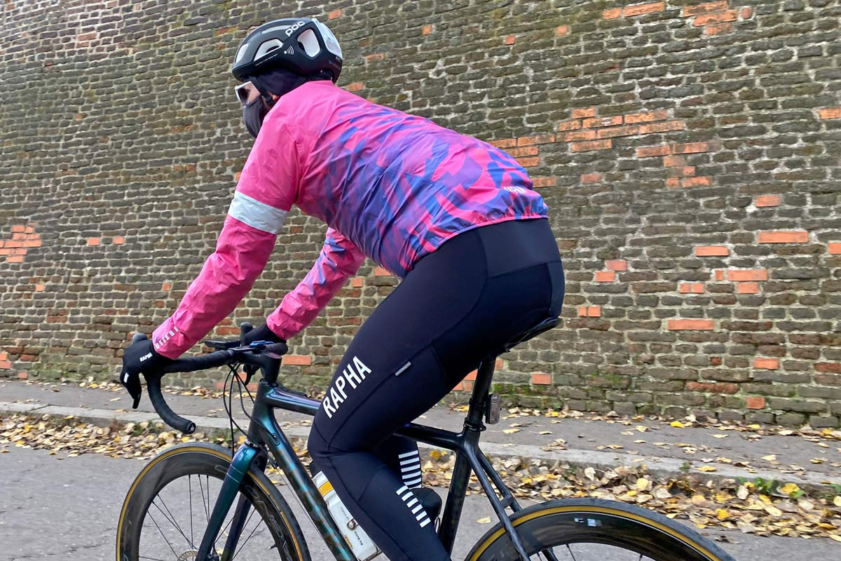 Exclusive Review: Rapha Pro Team Lightweight Gore-Tex Jacket printed in pink Technicolor, extra full color Shakedry visibility,rear