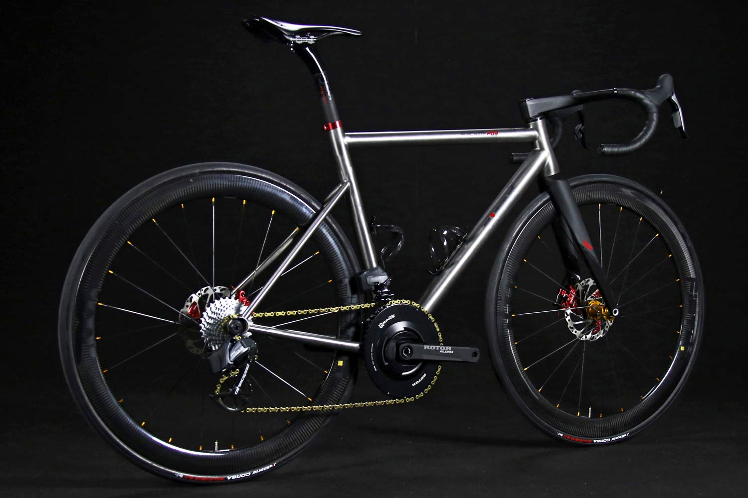 TRed Arcanide A03 Venti to road bike, fully-integrated internal cable routing custom titanium road bike,angled complete