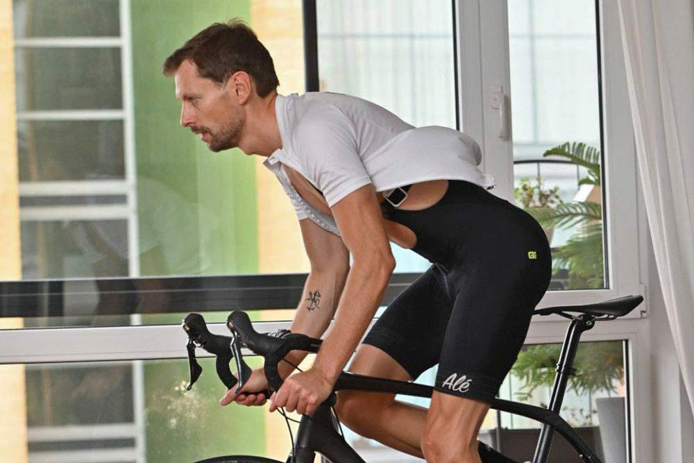 CORE Body Temperature Monitor, non-invasive internal body temp tracking to improve cycling performance, indoor training
