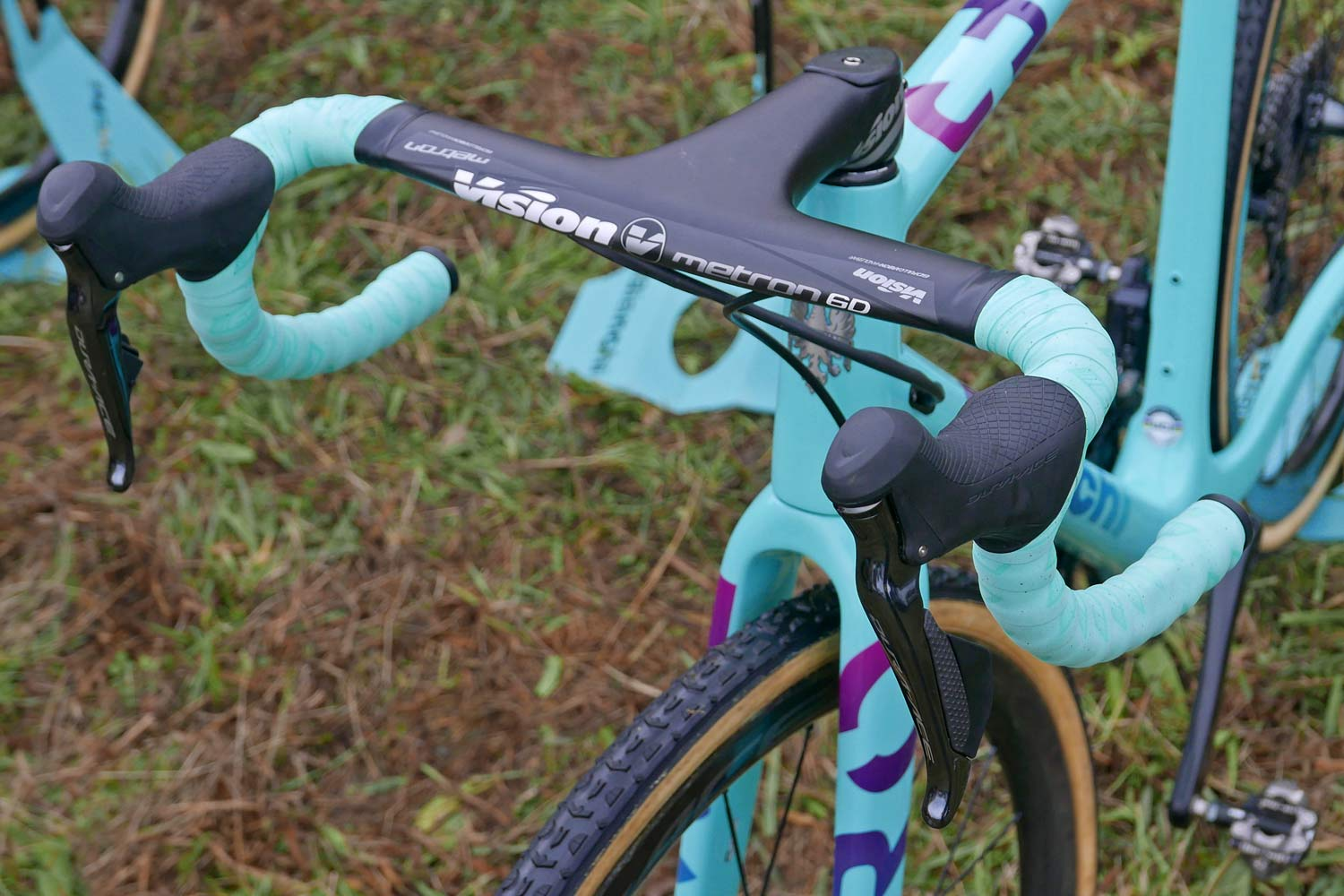 CX Pro Bike Check: Bianchi Zolder Pro carbon cyclocross bike, Wout van Aert at UCI Cyclo-Cross World Cup Tabor,Vision Metron 6D cockpit