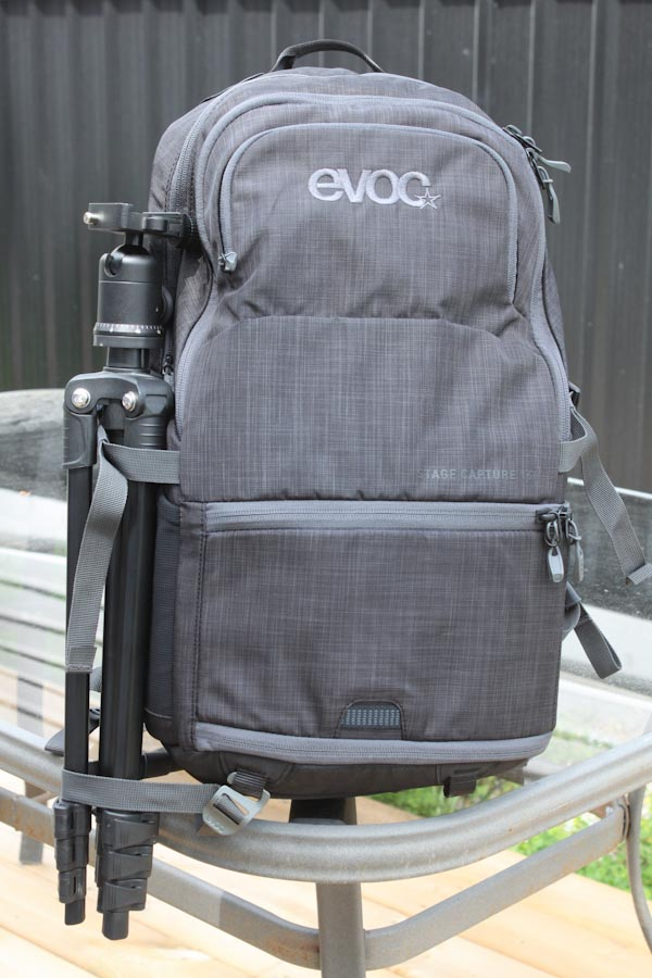 EVOC Stage Capture 16L pack, with tripod