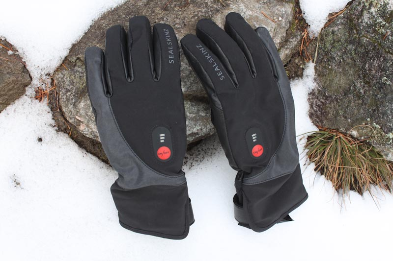Sealskinz Heated Cycle Gloves, on snow
