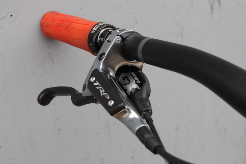 TRP DH-R EVO brakes, lever and GX shifter