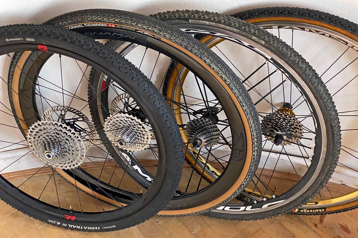 Campagnolo N3W freehub body Tech Feature in detail, new Campy backwards compatible gravel road bike wheels,f generations from 10speed to 13speed