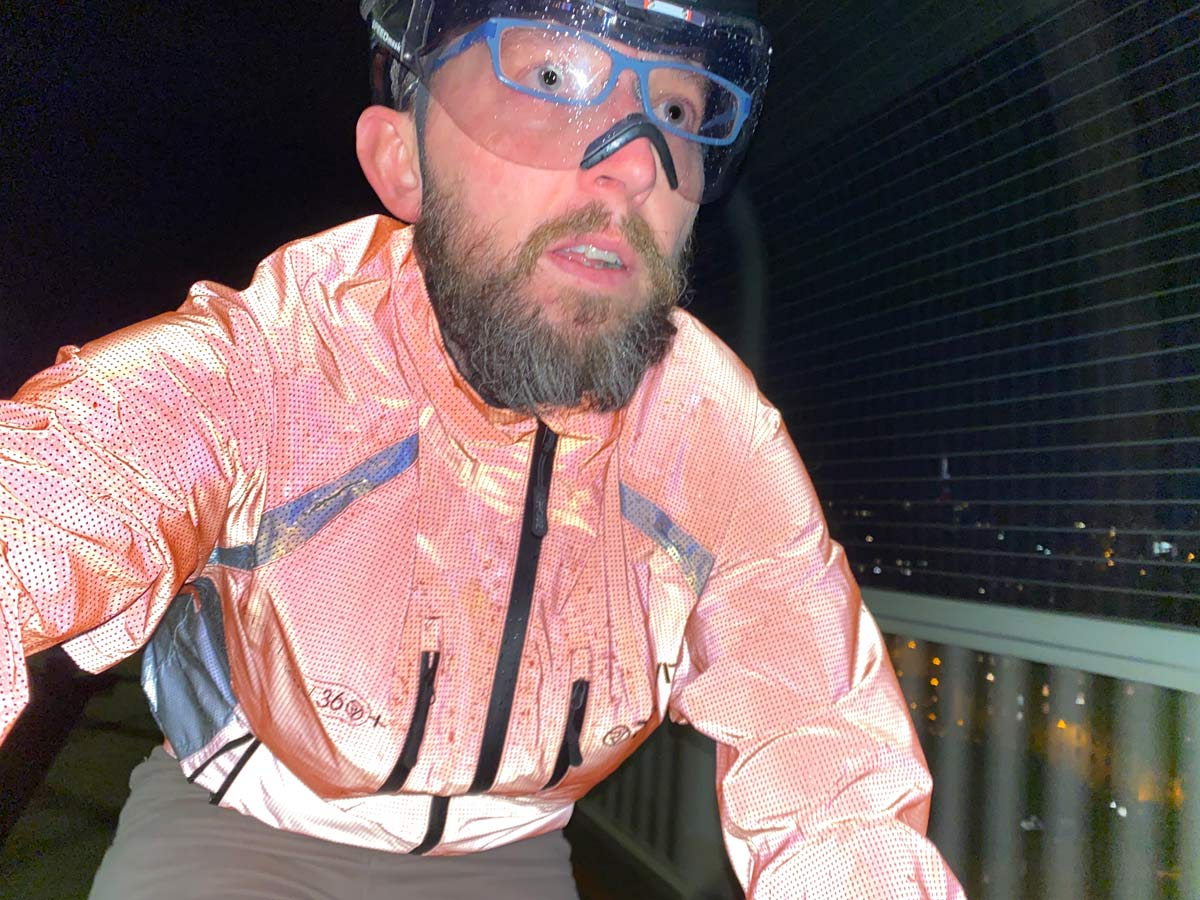 Review: Proviz Reflect 360 CRS+ reflective cycling jacket, Red color selfie
