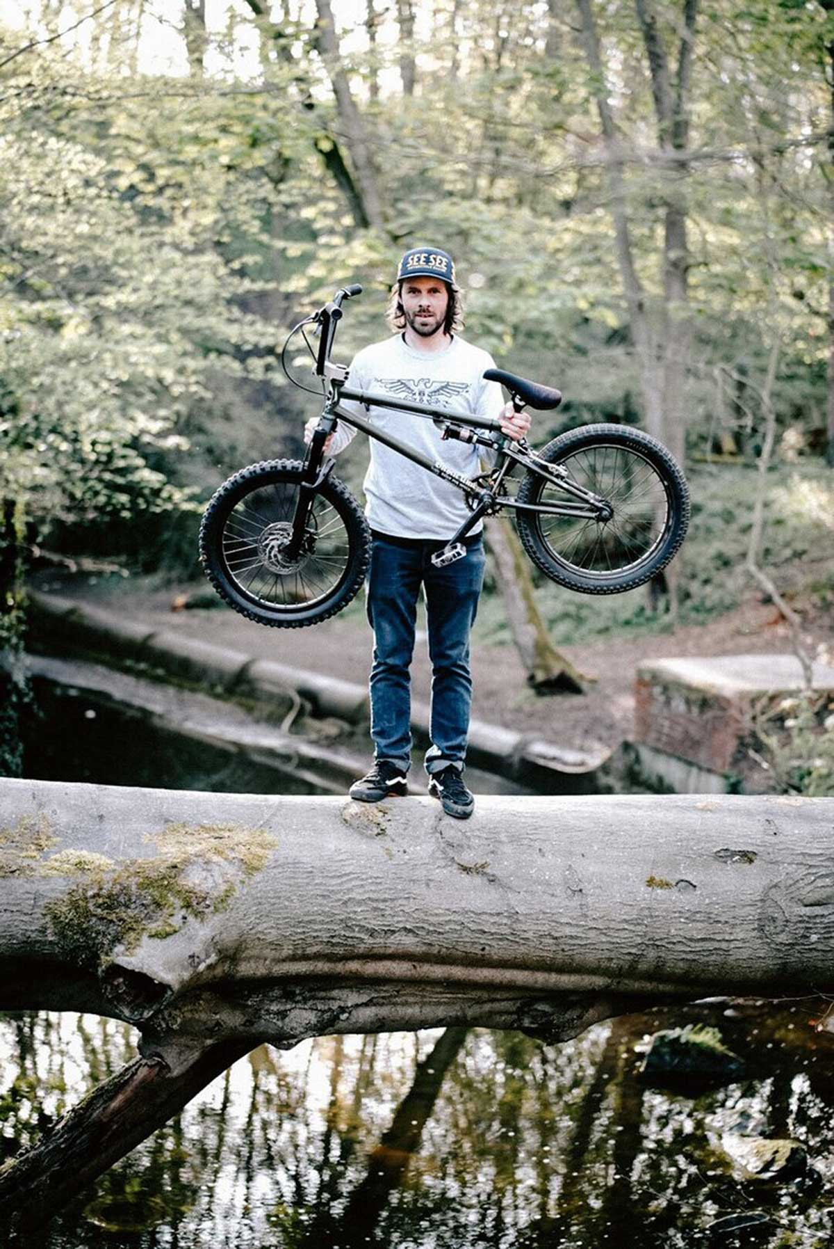 deathpack bmx will convert your bmx to full suspension bike for £400
