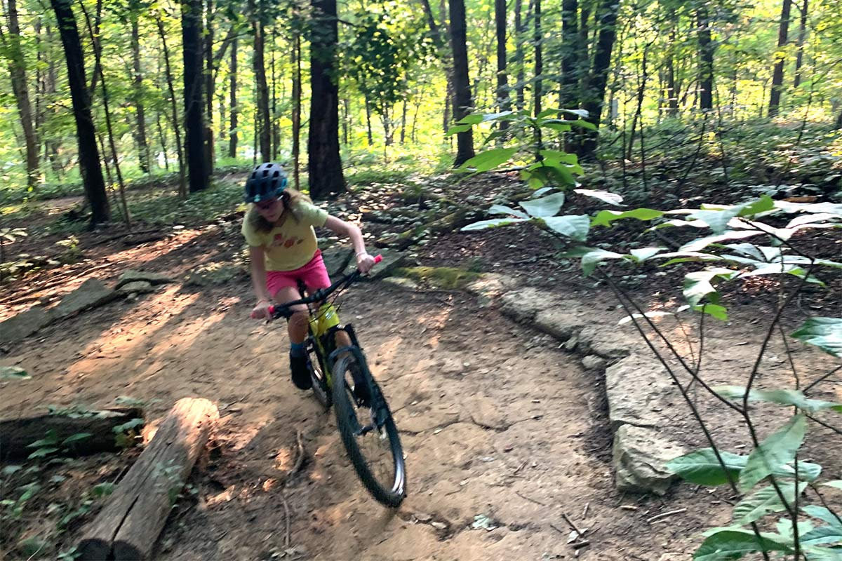 how to teach a first time mountain biker to handle the trails