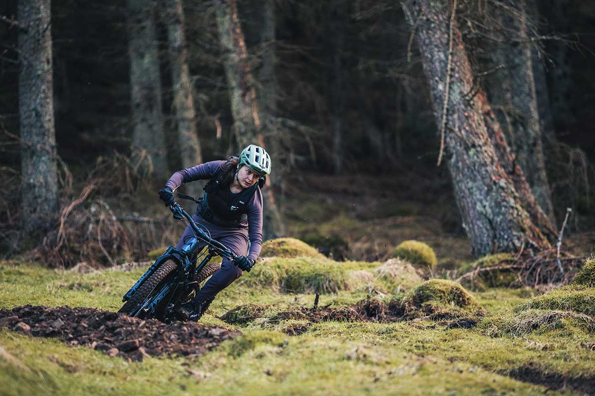 riding with evoc trail pro 10l backpack review