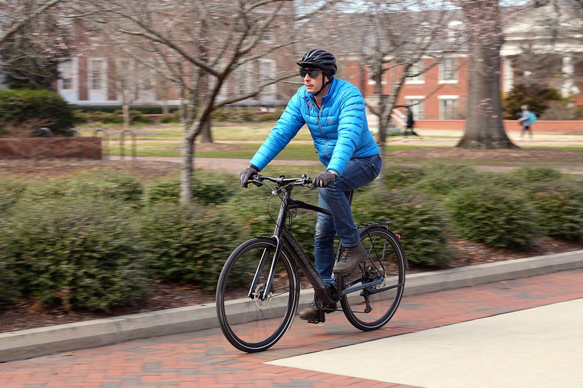 specialized vado sl commuter e-bike ride review and riding action